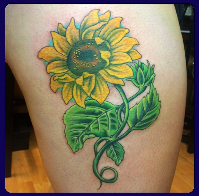 Aaron broke vicious ink tattoos piercings for Sunflower tattoo thigh